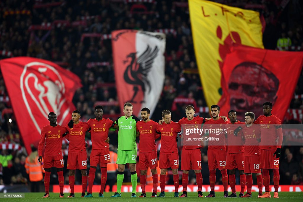 Liverpool players observe a minutes silence for the victims of the plane crash involving the Brazilian club Chapecoense prior to the EFL Cup Quarter-Final match between Liverpool and Leeds United at Anfield on November 29, 2016 in Liverpool, England.