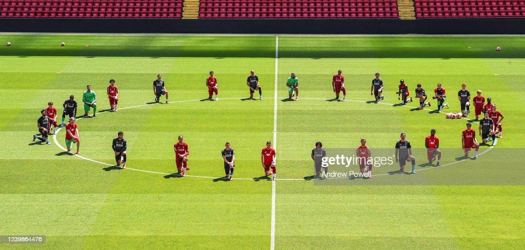 Liverpool Players Take the Knee in Memory of George Floyd During a Training Session : News Photo