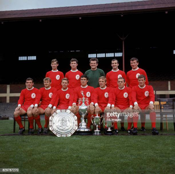 Geoff Strong Chris Lawler Tommy Lawrence Gerry Byrne Tommy Smith Ian Callaghan Roger Hunt Gordon Milne Ron Yeats Peter Thompson Ian St John Willie...