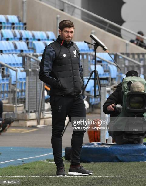 Liverpool U18 manager Steven Gerrard during the Manchester City v Liverpool UEFA Youth League game at Manchester City Football Academy on March 14...