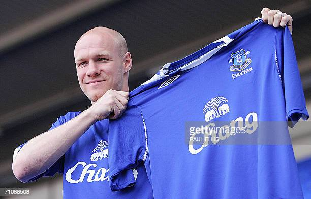 British Premiership soccer Club Everton unveil their new GBP86m signing Andrew Johnson at Goodison Park in Liverpool in northwest England 31 May 2006...