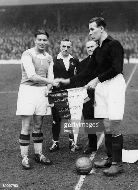 Liverpool versus Austria The captains of both teams greet each other before kick off Photograph Austria 11 1924 [Fuballspiel LiverpoolAustria bergabe...