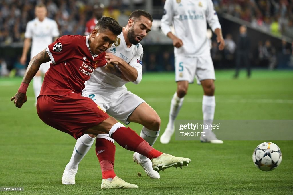 FBL-EUR-C1-LIVERPOOL-REAL MADRID : News Photo
