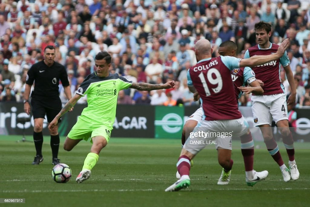 FBL-ENG-PR-WEST HAM-LIVERPOOL : News Photo