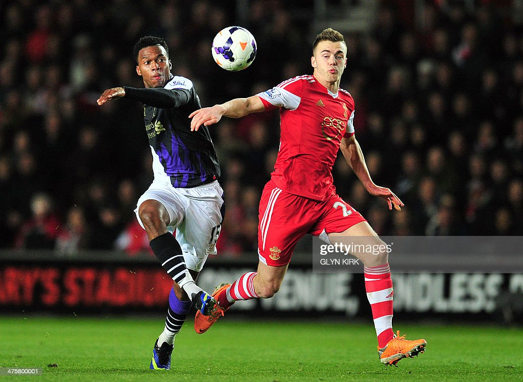 FBL-ENG-PR-SOUTHAMPTON-LIVERPOOL : News Photo