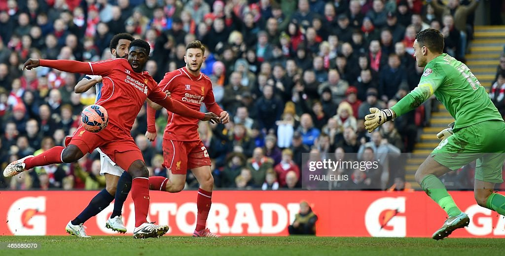 FBL-ENG-FACUP-LIVERPOOL-BLACKBURN : News Photo