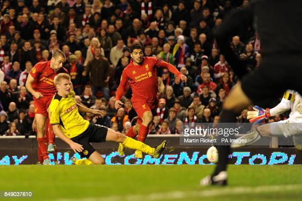 Liverpool's Joe Cole scores his teams second goal of hte game