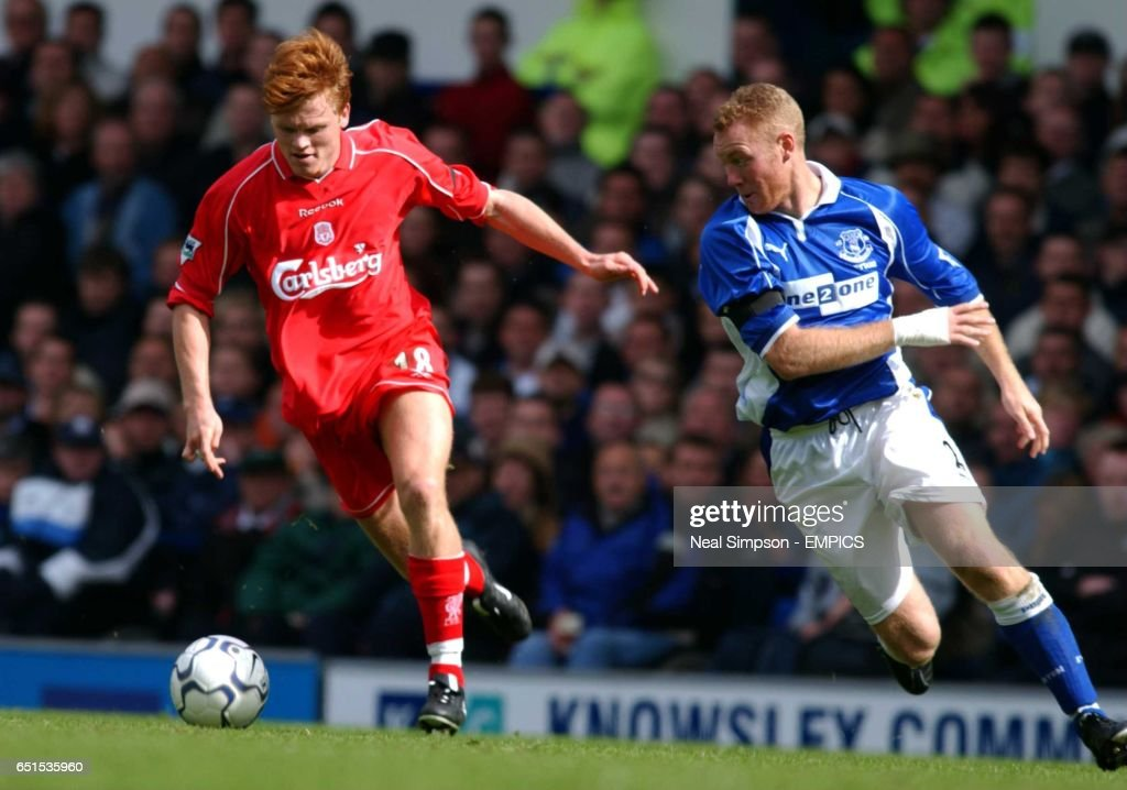 Soccer - FA Barclaycard Premiership - Everton v Liverpool : News Photo