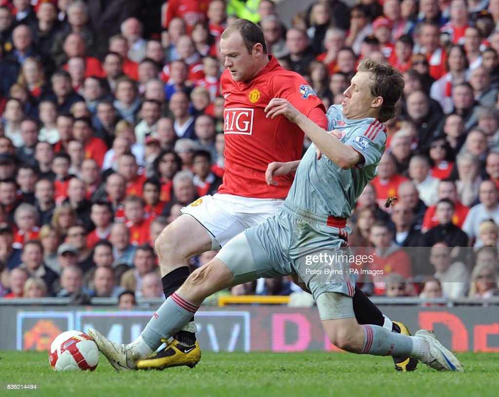 Soccer - Barclays Premier League - Manchester United v Liverpool - Old Trafford : News Photo