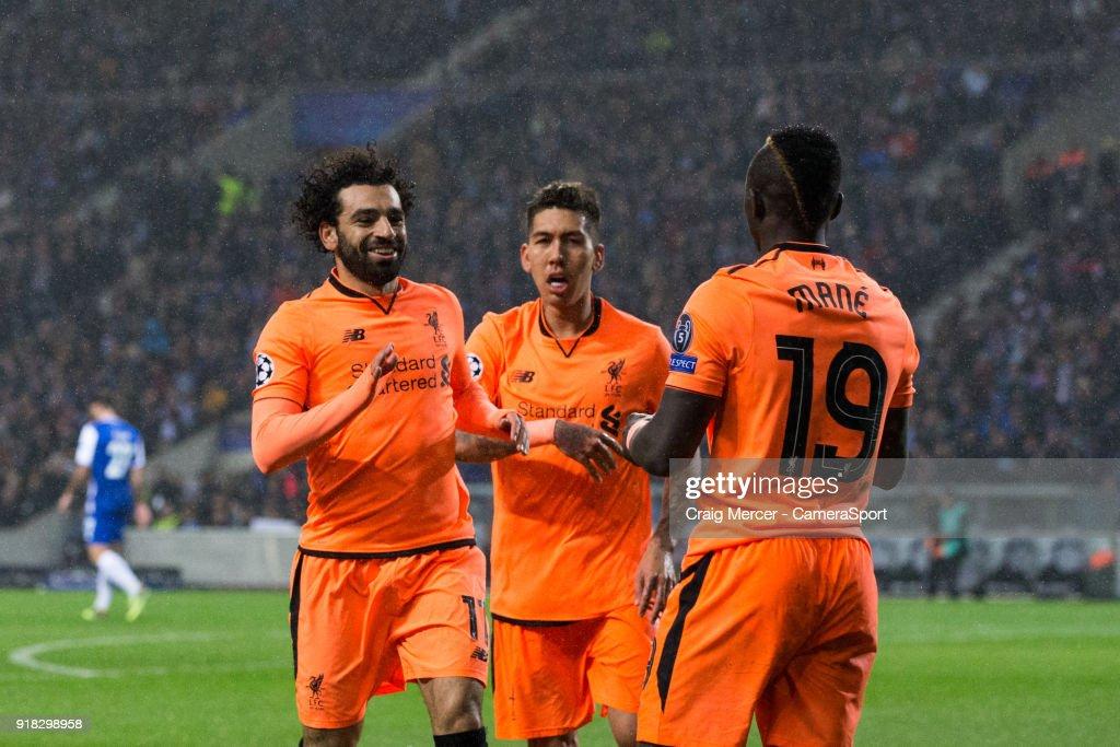 FC Porto v Liverpool - UEFA Champions League Round of 16: First Leg : Nachrichtenfoto