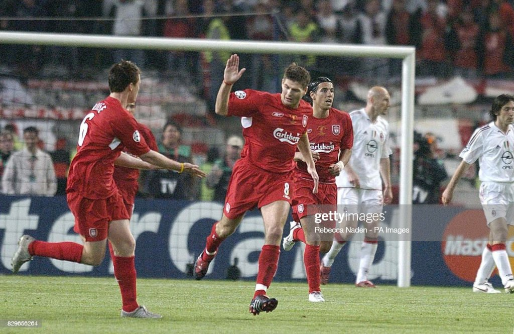 Soccer - UEFA Champions League - Final - AC Milan v Liverpool - Ataturk Olympic Stadium : News Photo