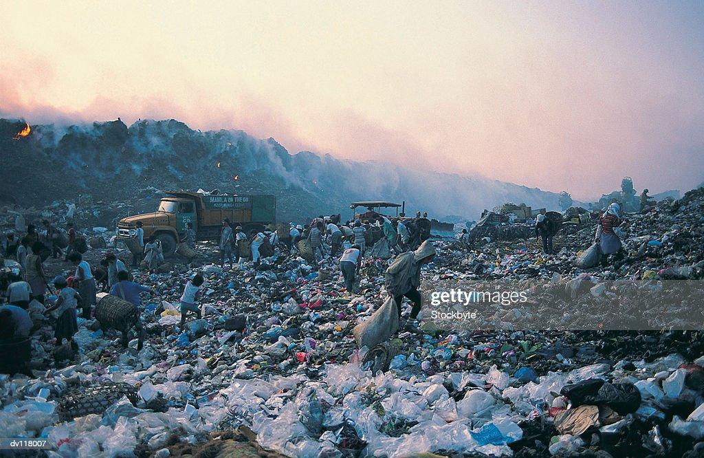 Living from waste on Smokey Mountain,Manila,Philippines : Stock Photo