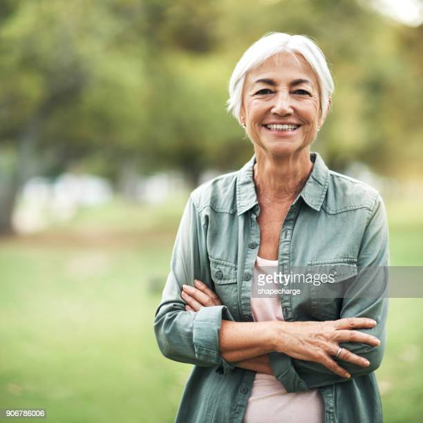 living life as positively as i can - older woman stock pictures, royalty-free photos & images