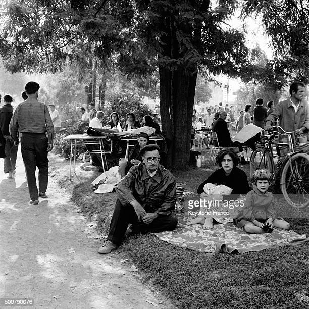 Living outside in Skopje a few days after the earthquake which destroyed 80% of the city and caused the death of 10 000 people, thousands of wounded...