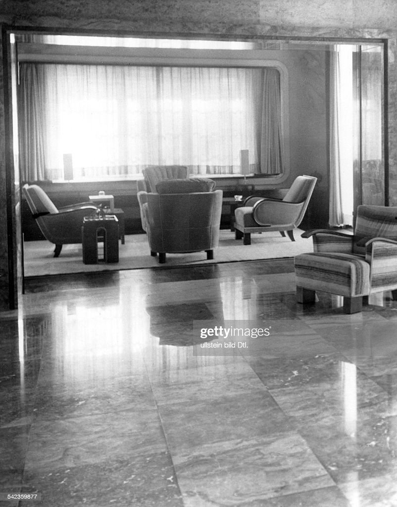 living room in the villa zissu in berlin grunewald nachrichtenfoto getty images. Black Bedroom Furniture Sets. Home Design Ideas