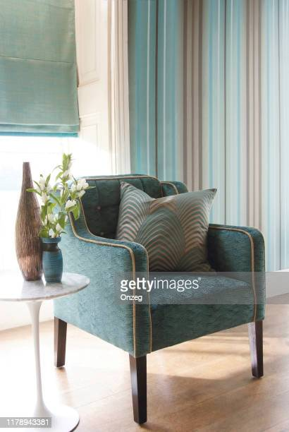 living room interior - cushion stock pictures, royalty-free photos & images