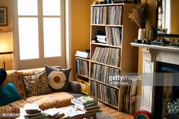 living room with record collection - wohnung stock-fotos und bilder