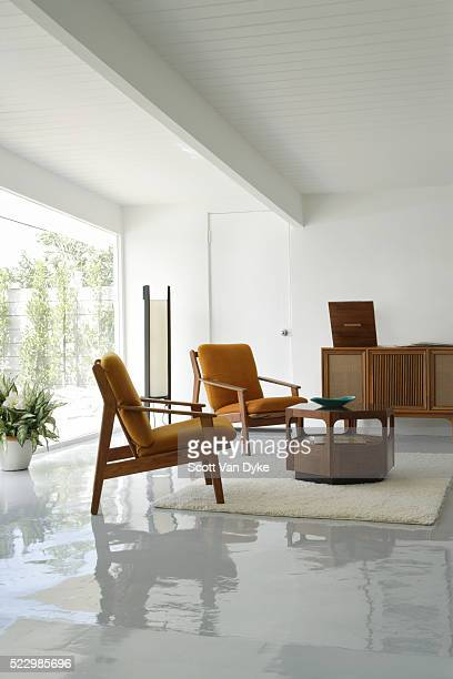 living room with vintage stereo - mid century modern stock pictures, royalty-free photos & images
