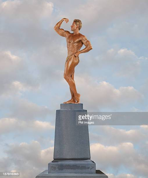 living statue - bodybuilding stock-fotos und bilder