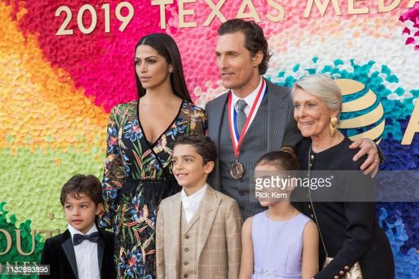 Livingston Alves McConaughey Camila Alves Levi Alves McConaughey honoree Matthew McConaughey Vida Alves McConaughey and Kay McConaughey attend the...