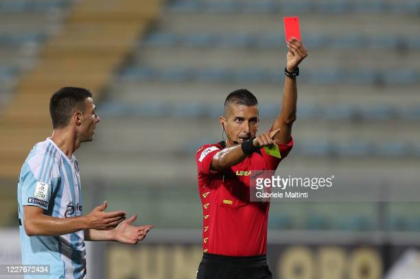 Livio Marinelli referee shows the red card during the Serie B match between FC Empoli and Virtus Entella at Stadio Carlo Castellani on July 17, 2020...