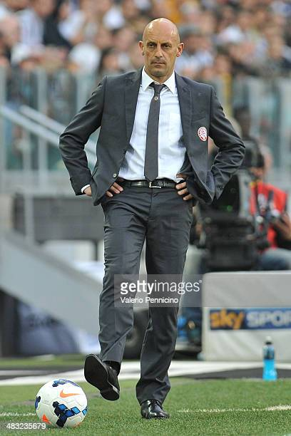 Livorno Calcio head coach Domenico Di Carlo looks on during the Serie A match between Juventus and AS Livorno Calcio at Juventus Arena on April 7...