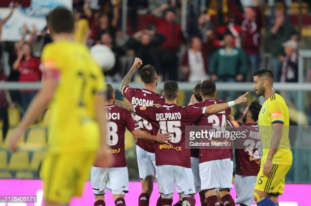 Livorno Calcio players celebrate a goal during the Serie B match between AS Livorno and Pisa SC at Stadio Armando Picchi on October 26 2019 in...