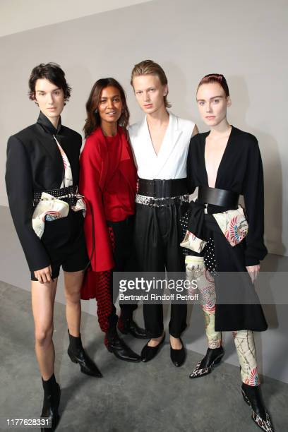 Liya Kebede poses with models after the Haider Ackermann Womenswear Spring/Summer 2020 show as part of Paris Fashion Week on September 28, 2019 in...