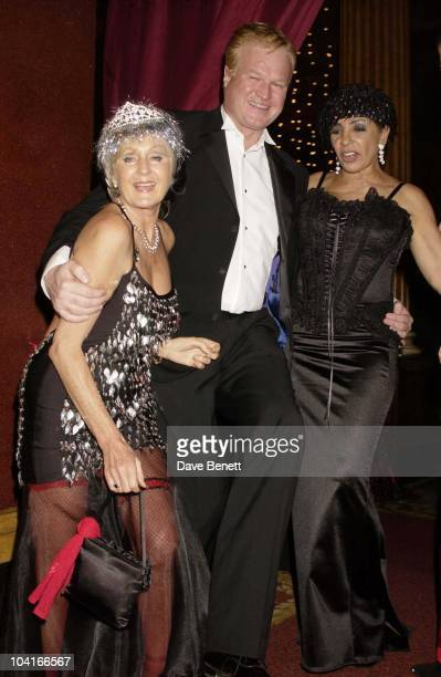 Liz Brewer Shirley Bassey Hong Kong Financier Andy Wong And His Wife Pattie Throw Their Annual Chinese New Year Party In Fancy Dress The Dress Code...