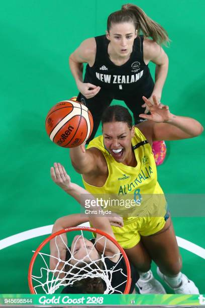 Liz Cambage of Australia shoots during the Women's Semifinal Basketball match between Australia and New Zealand on day nine of the Gold Coast 2018...