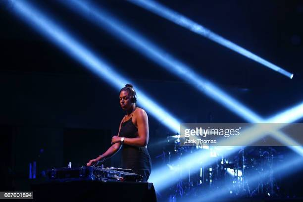 Liz Cambage performs during her DJ set to open for Mary J Blige at Hamer Hall on April 12 2017 in Melbourne Australia Cambage is also a professional...