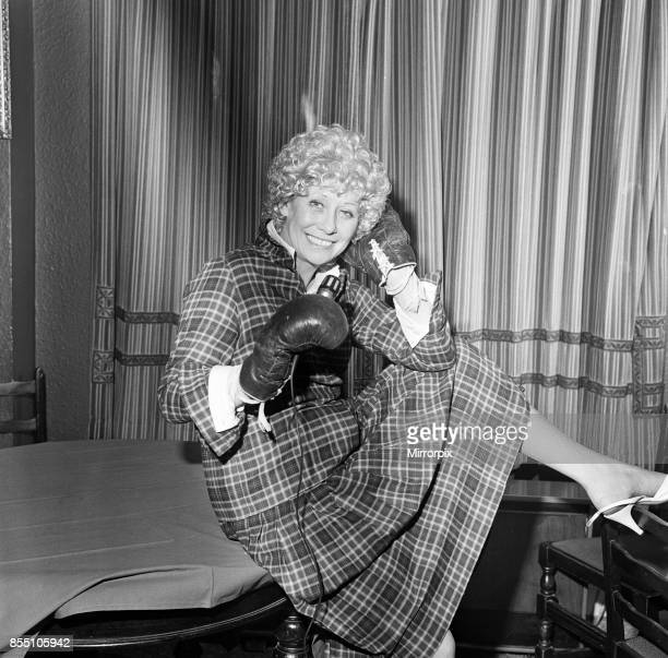 Liz Dawn aka Vera Duckworth of Coronation Street fame will be wearing boxing gloves and singing Two Lovely Black Eyes when she amends her future...