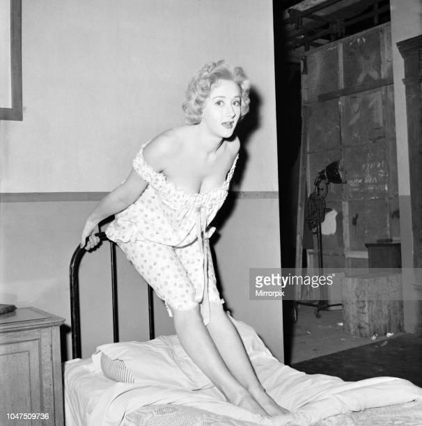 Liz Fraser English Actress 1964
