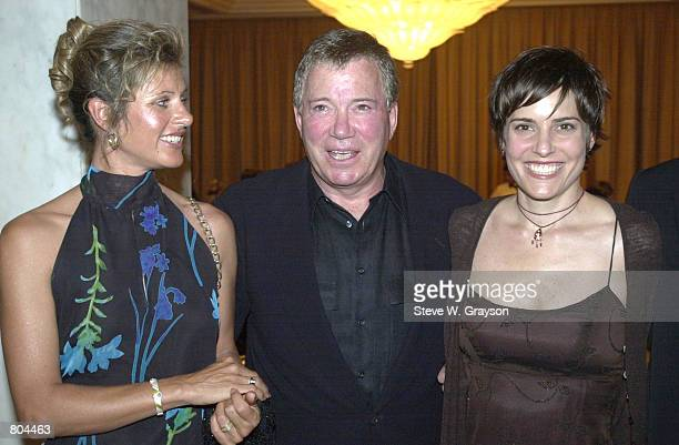 Liz Jensen left William Shatner and Melanie ShatnerGretch pose for photographers at the Convenant House California Charity Gala honoring William...