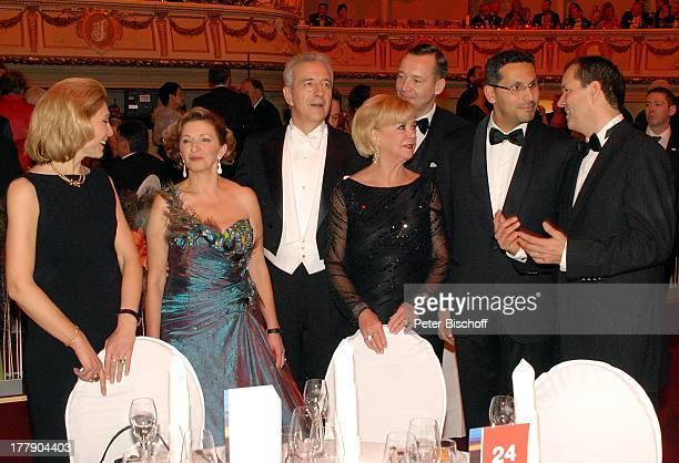 Liz Mohn Stanislaw Tillich Ehefrau Veronika SE Khaldoon Khalifa Al Mubarak Oliver Radtke Carsten Dietmann Karin Schlautmann dahinter BallGäste 7...