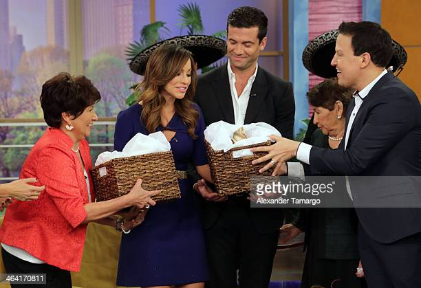 Liz Padilla Satcha Pretto Aaron Butler and Raul Gonzalez are seen on the set of Despierta America shortly after Satcha announced she is pregnant at...