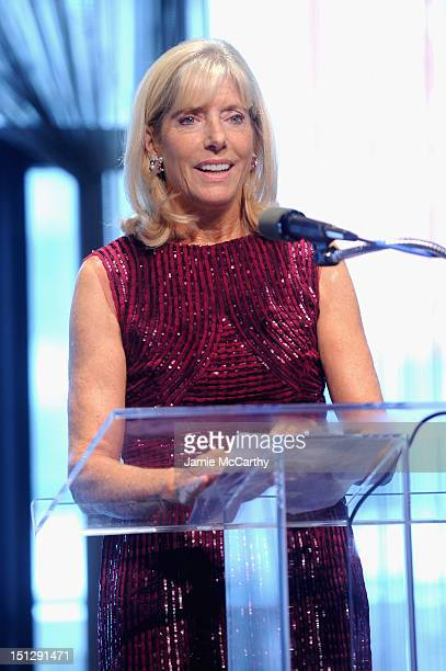 Liz Peek speaks onstage the 2012 Couture Council for the Museum at FIT Award for Artistry of Fashion to Oscar de la Renta at the David H Koch Theater...