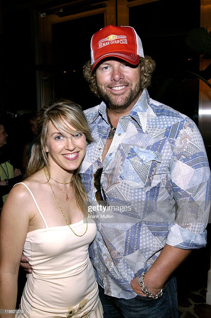 Clear Channel Star Party - June 7, 2005 : News Photo