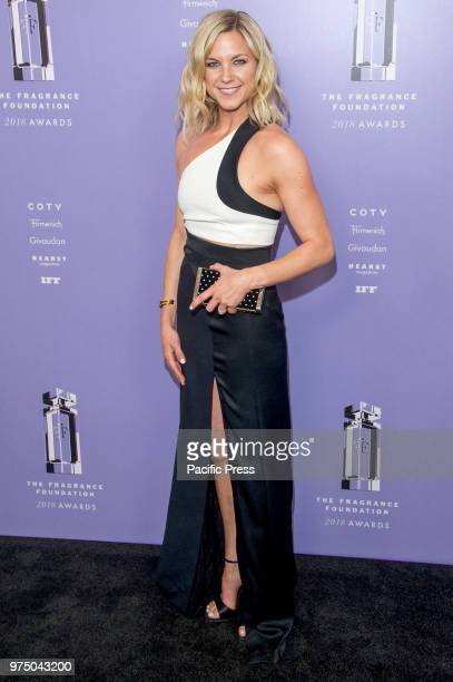 Liz Plosser attends 2018 Fragrance Foundation Awards at Alice Tully Hall at Lincoln Center