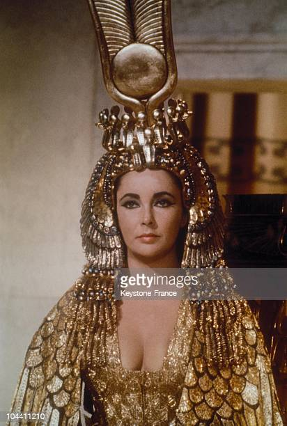 Liz Taylor As Cleopatra In Rome 1962