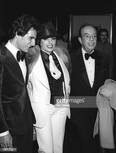 Liza Minnelli and Vincent Minnelli attend the opening party for Liza Minnelli on January 6, 1974 at the Rainbow Room in New York City.