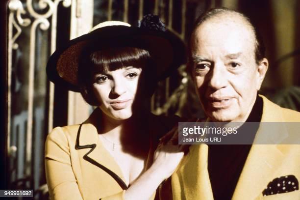 Liza Minnelli et son père le réalisateur Vincente Minnelli circa 1970 en France