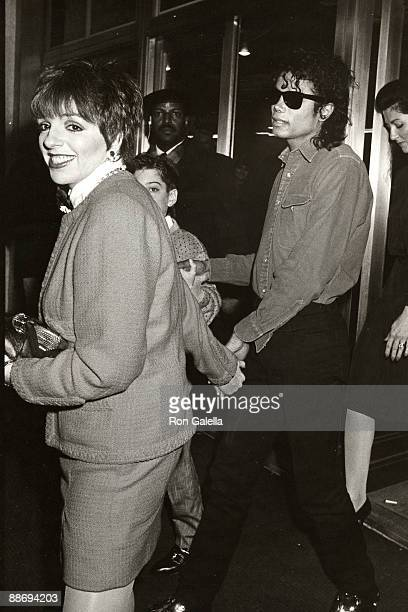 Liza Minnelli Jimmy Safechuck and Michael Jackson