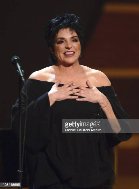 Liza Minnelli performs What Makes A Man with Marc Shaiman