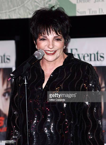Liza Minnelli promotes 'Liza's at the Palace' at Barnes Noble Lincoln Triangle on February 3 2009 in New York City