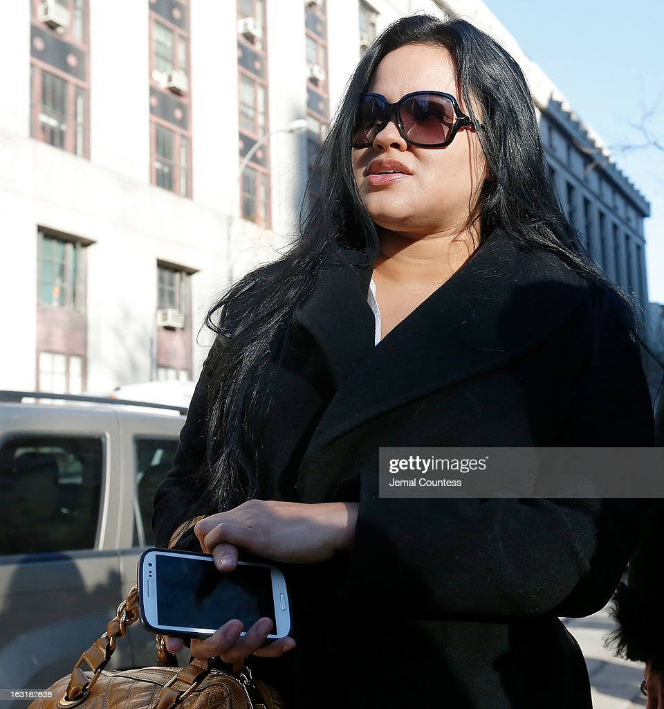 Liza Morales departs New York Supreme court after a custody hearing with ex-boyfriend NBA player Lamar Odom at New York State Supreme Court on March 5, 2013 in New York City.
