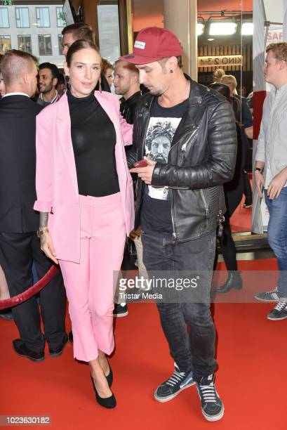 Liza Waschke and Sandy Faehse attend the 'Safari Match Me If You Can' premiere on August 25 2018 in Berlin Germany