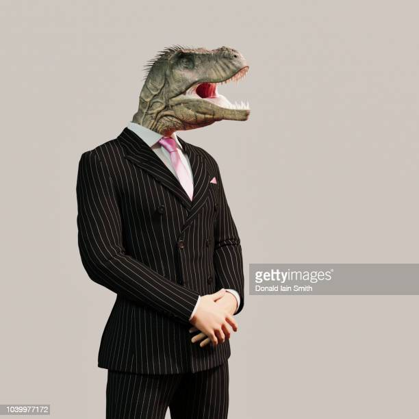 lizard people conspiracy theory: business man with reptile head - samenzwering stockfoto's en -beelden