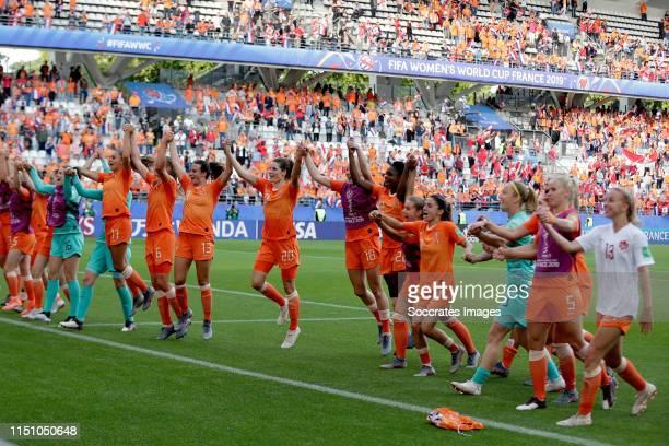 Lize Kop of Holland Women, Lieke Martens of Holland Women, Anouk Dekker of Holland Women, Renate Jansen of Holland Women, Dominique Bloodworth of...
