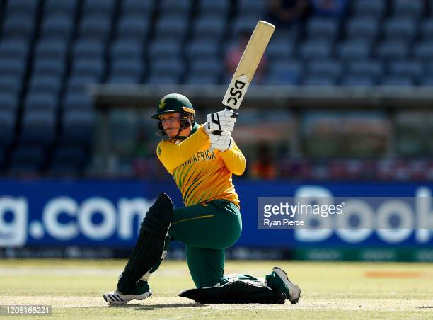 Lizelle Lee of South Africa bats during the ICC Women's T20 Cricket World Cup match between South Africa and Thailand at Manuka Oval on February 28...